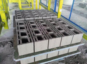 PVC pallets for concrete blocks